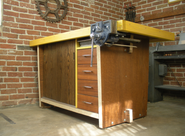 Gitane work bench